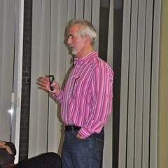 Dr. Reusch während seines Vortrages zur pAVK